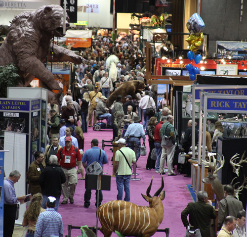Show Floor Image_Exhibits